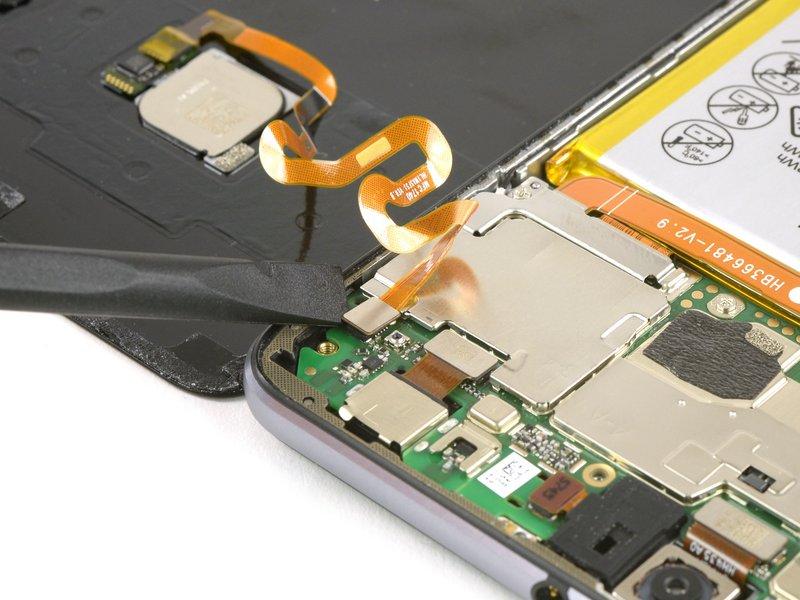 هنگام سرهم کردن مجدد دستگاه، هرجا که لازم بود از چسب جدید استفاده کنید.