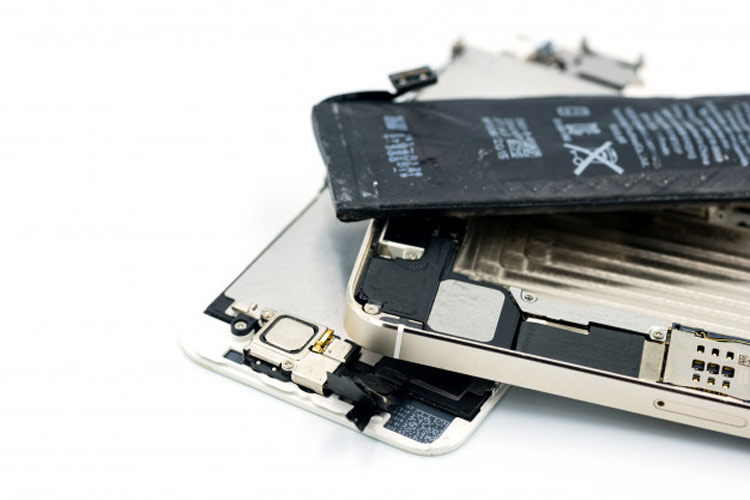 ساختار باتری موبایل چگونه است؟