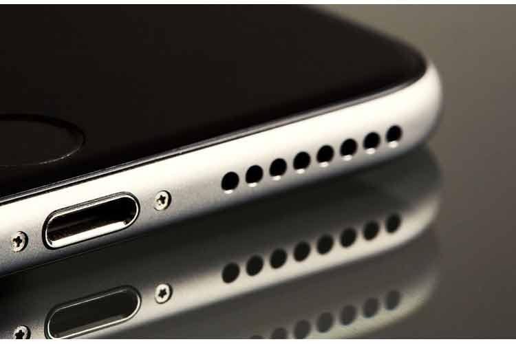 چگونه از اسپیکر گوشی خود مراقبت کنیم؟